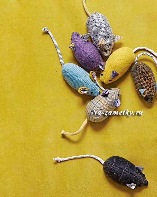 Как сделать игрушку для котов своими руками