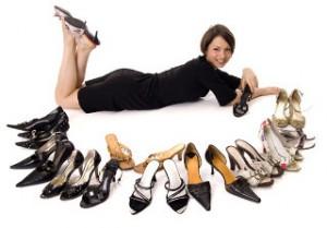 Как продлить жизнь летней обуви и